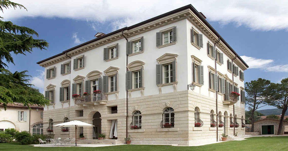 Historische Villa in Valpolicella zum Verkauf slider
