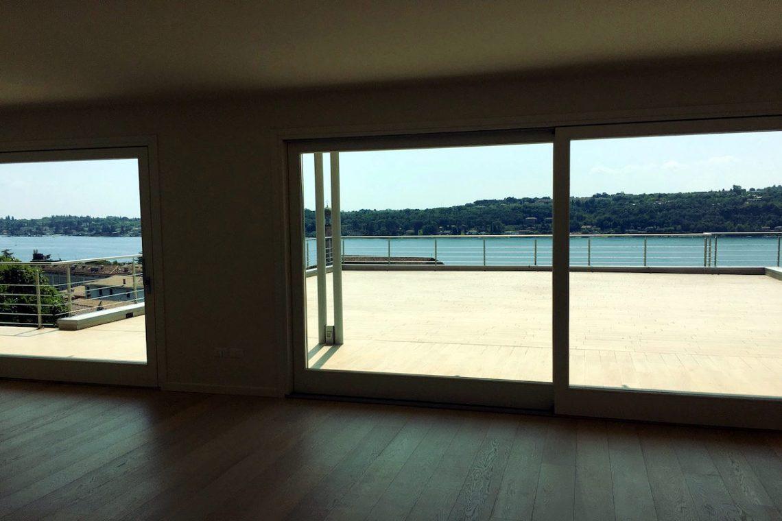 Wohnung Gardasee zum Kauf mit beheizten Infinitypool 02