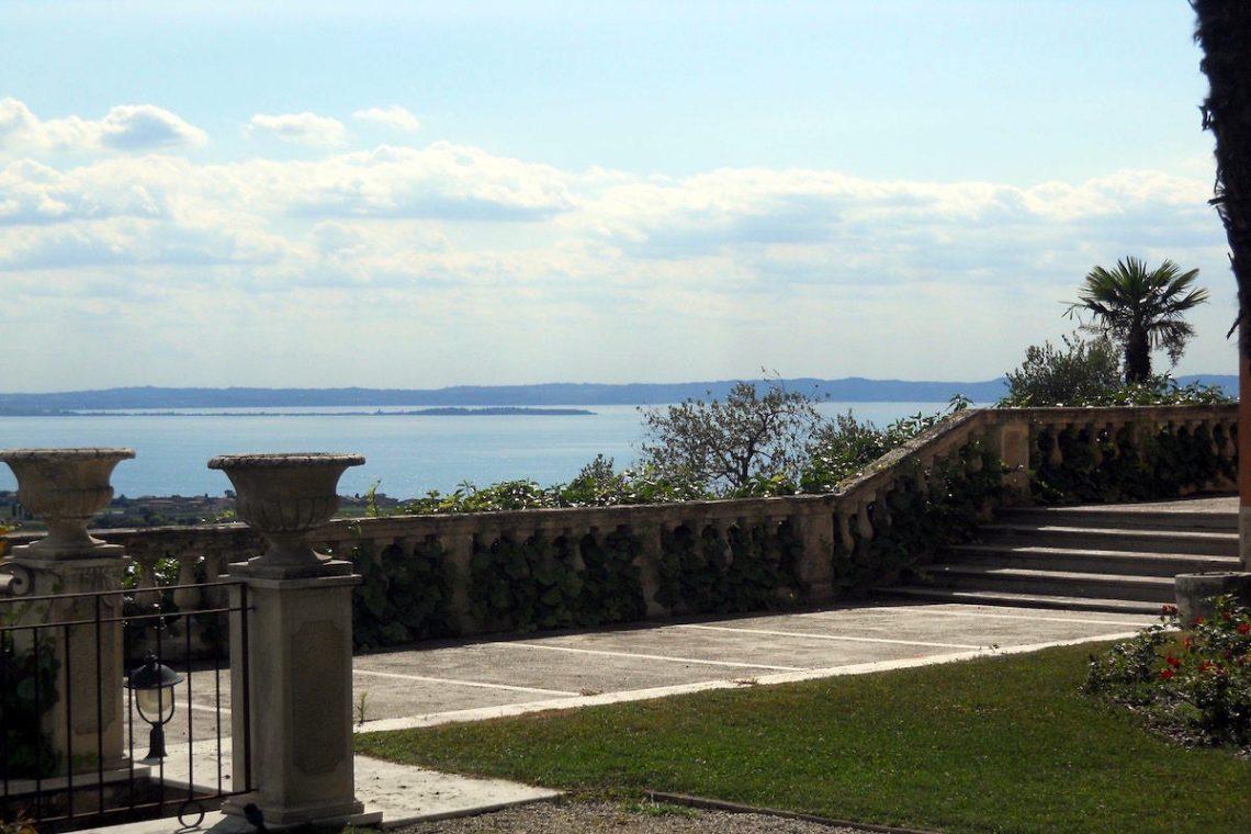 Historische Villa Gardasee Verkauf 01