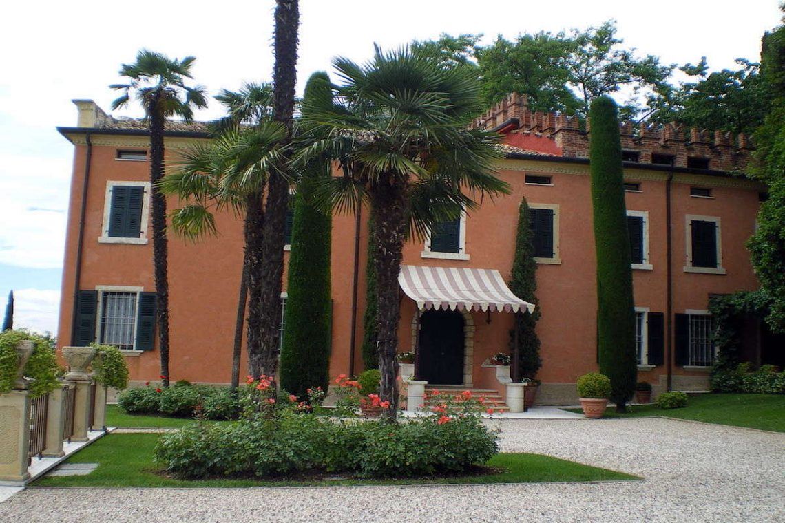 Historische Villa Gardasee Verkauf 19
