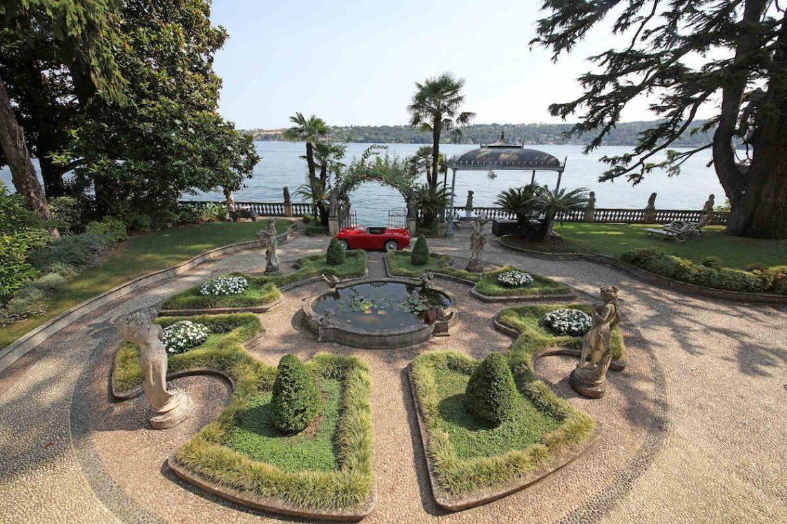Historische Villa am Gardasee zur Miete am Seeufer 03