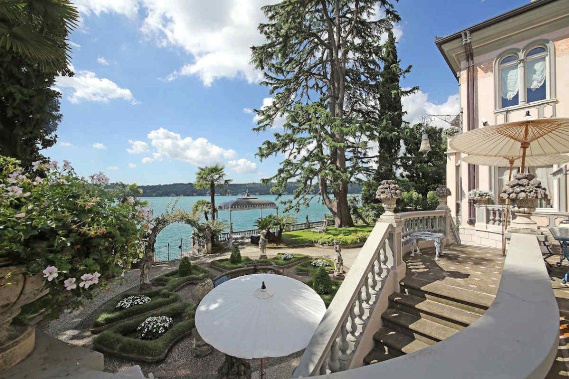 Historische Villa am Gardasee zur Miete am Seeufer 06