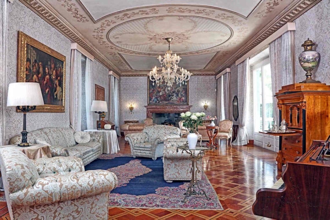 Historische Villa am Gardasee zur Miete am Seeufer 10