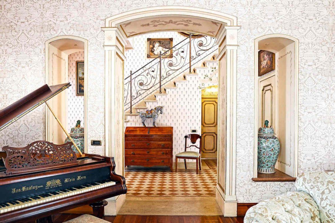 Historische Villa am Gardasee zur Miete am Seeufer 14