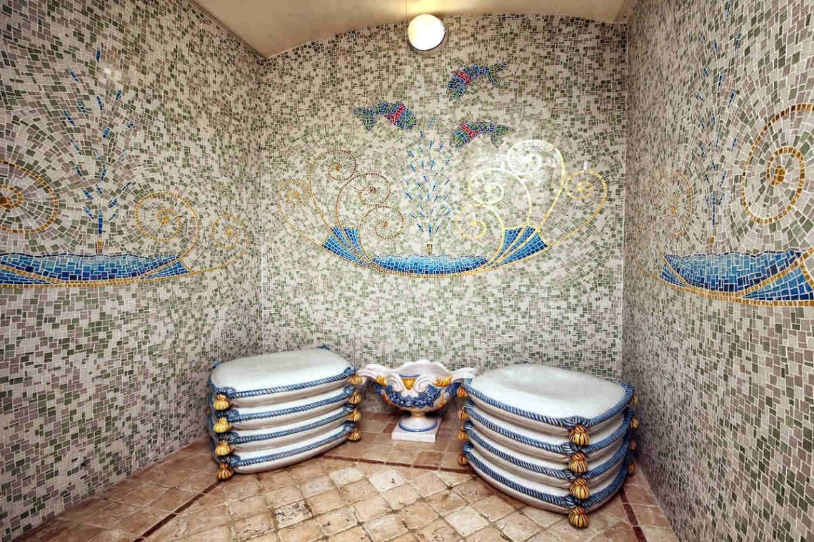 Historic Villa Lake Garda for Rent 35