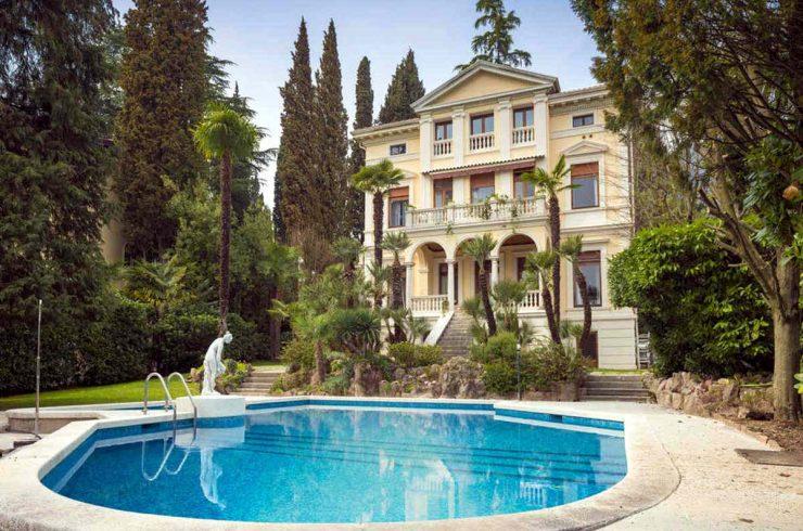 Historische Villa Gardasee zu Verkaufen