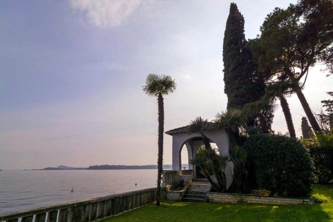 Historische Villa Gardasee zur Miete am See 05
