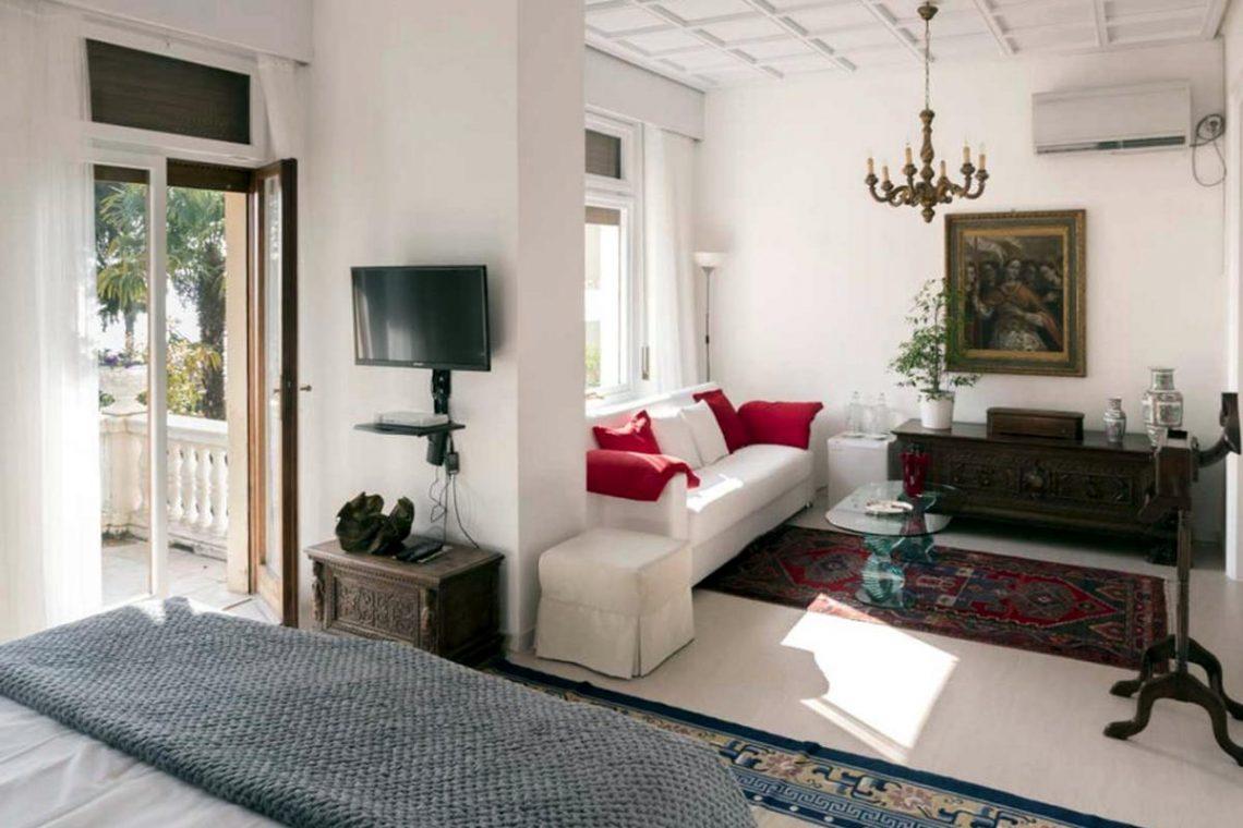Historische Villa Gardasee zur Miete am See 15