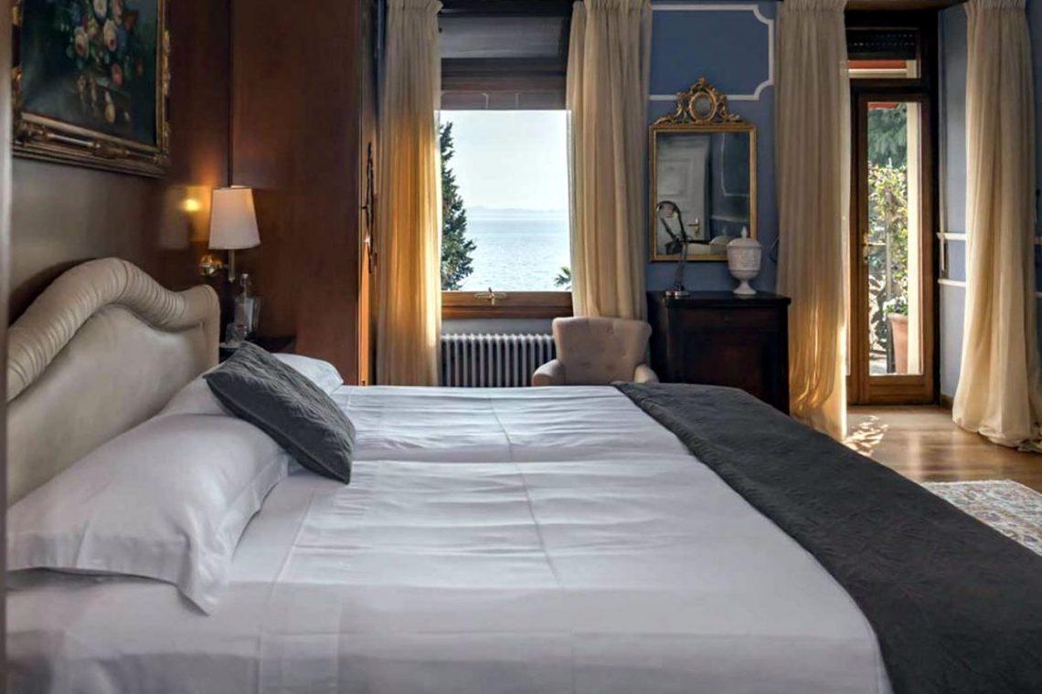 Historische Villa Gardasee zur Miete am See 24