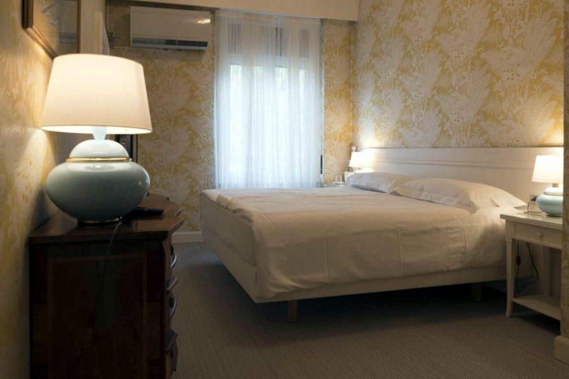 Historische Villa Gardasee zur Miete am See 32
