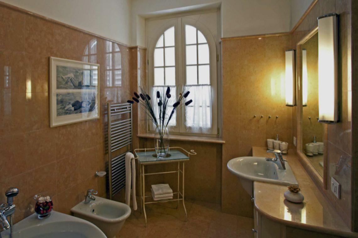 Villa Lazise zur Miete mit Panorama-Swimmingpool 28