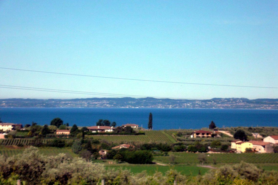 Villa in Bardolino verkauf in Panoramalage mit Seeblick 01