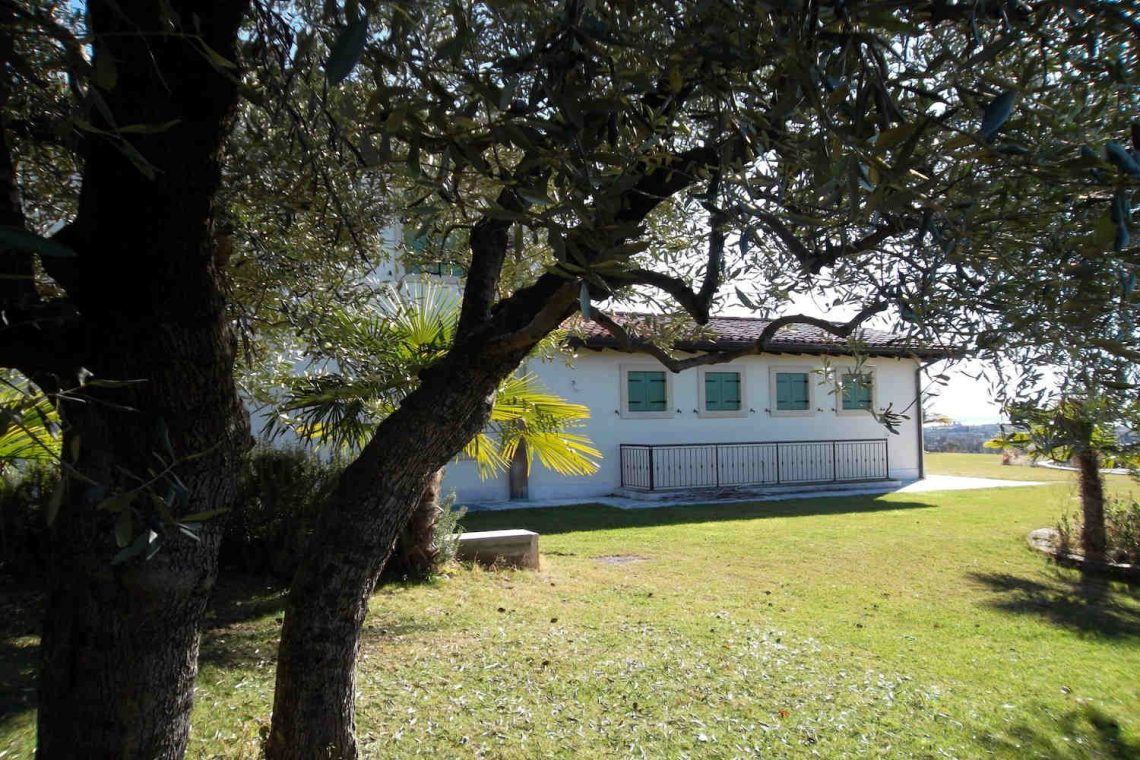 Villa in Bardolino verkauf in Panoramalage mit Seeblick 20