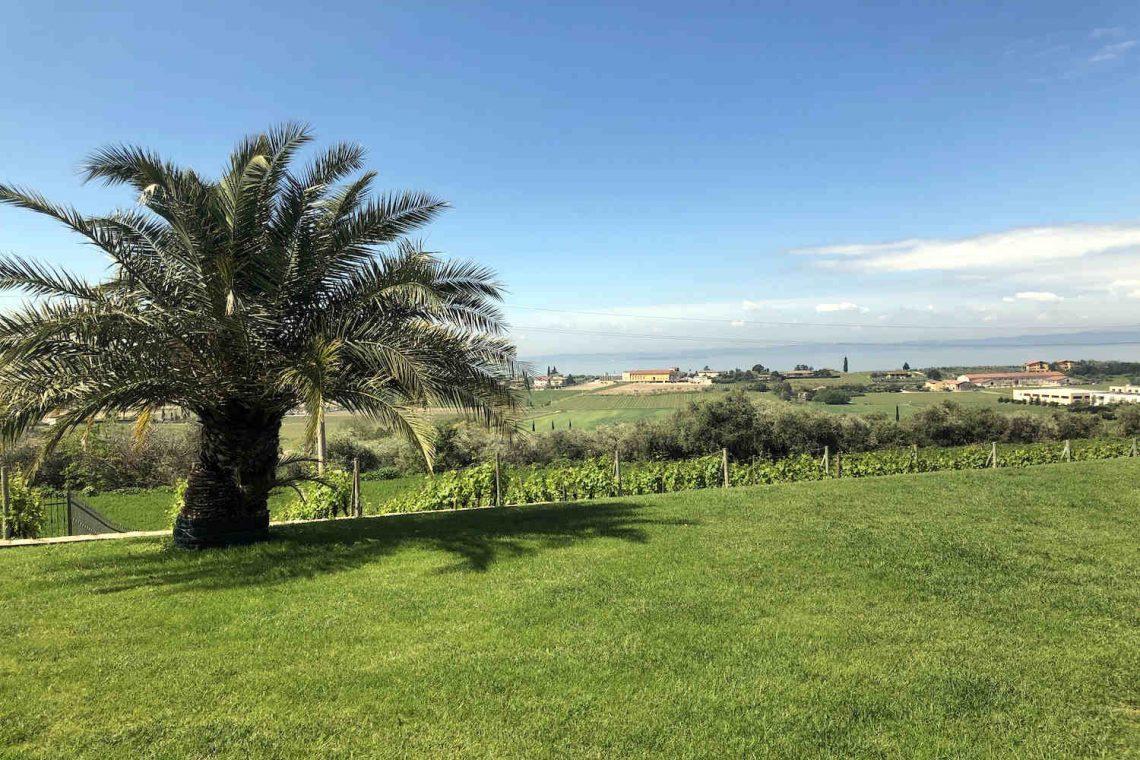 Villa in Bardolino verkauf in Panoramalage mit Seeblick 25