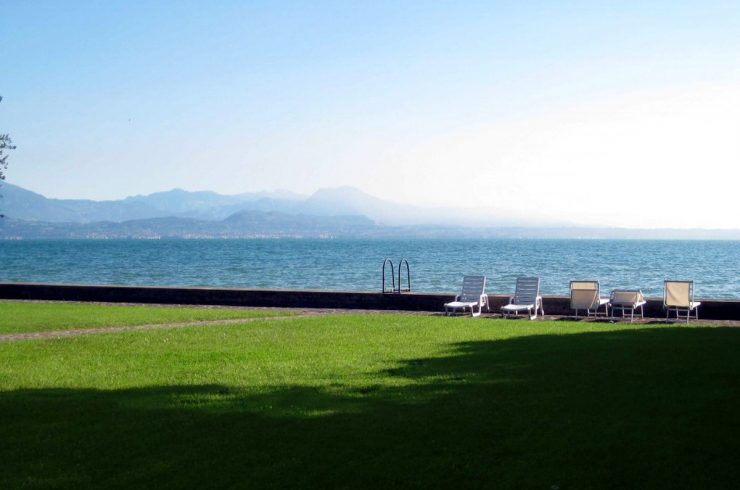 Villa am Gardasee in Sirmione: genehmigtes Projekt