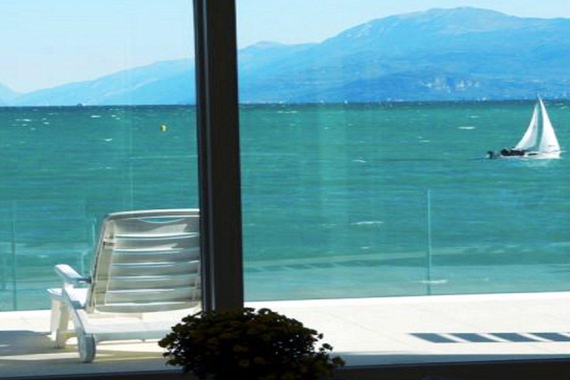 Villa Desenzano am See 01