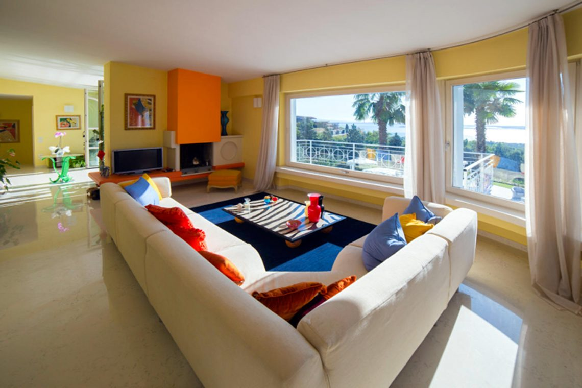 Villa Padenghe Verkauf mit Seeblick und Panoramapool 15