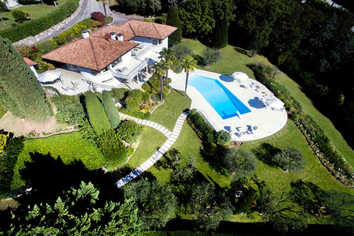 Villa Padenghe Verkauf mit Seeblick und Panoramapool 23