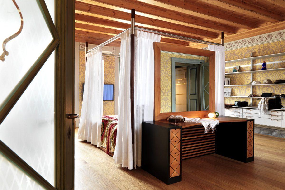 Historische Wohnung am Gardasee am Seeufer von Salò