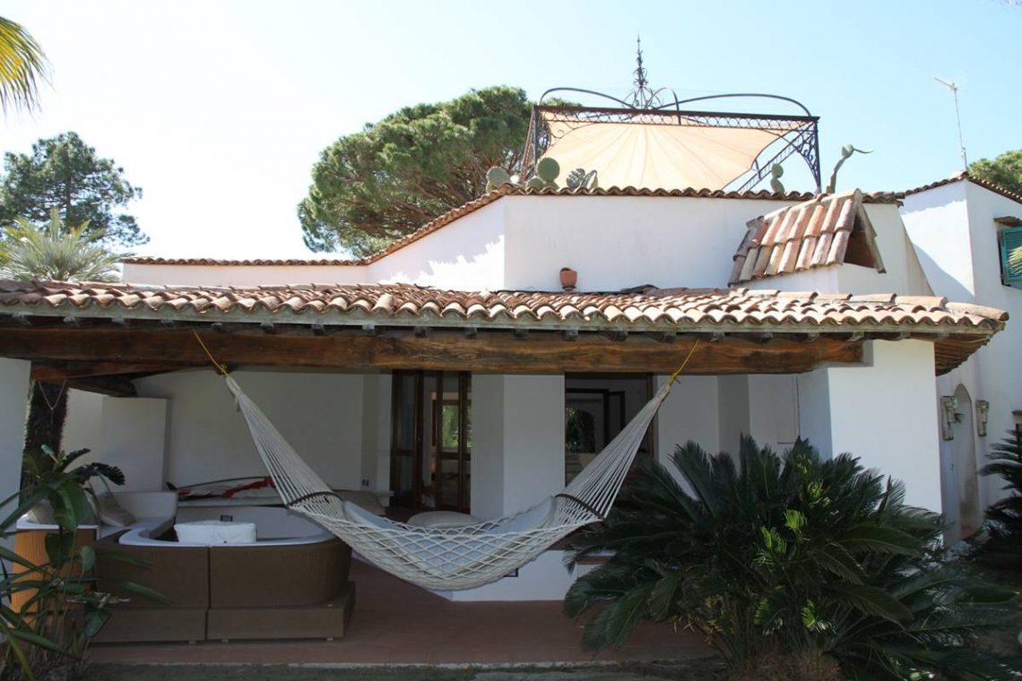 Villa zum Verkauf Roccamare 14