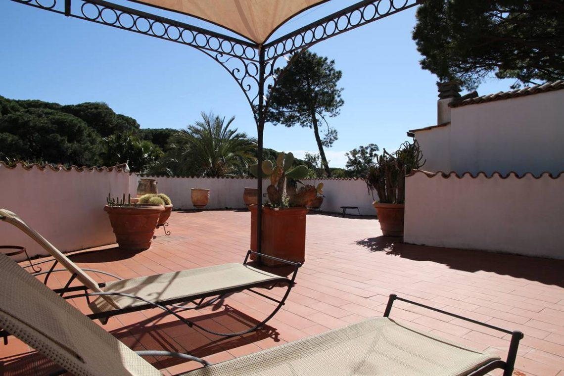Villa zum Verkauf Roccamare 15