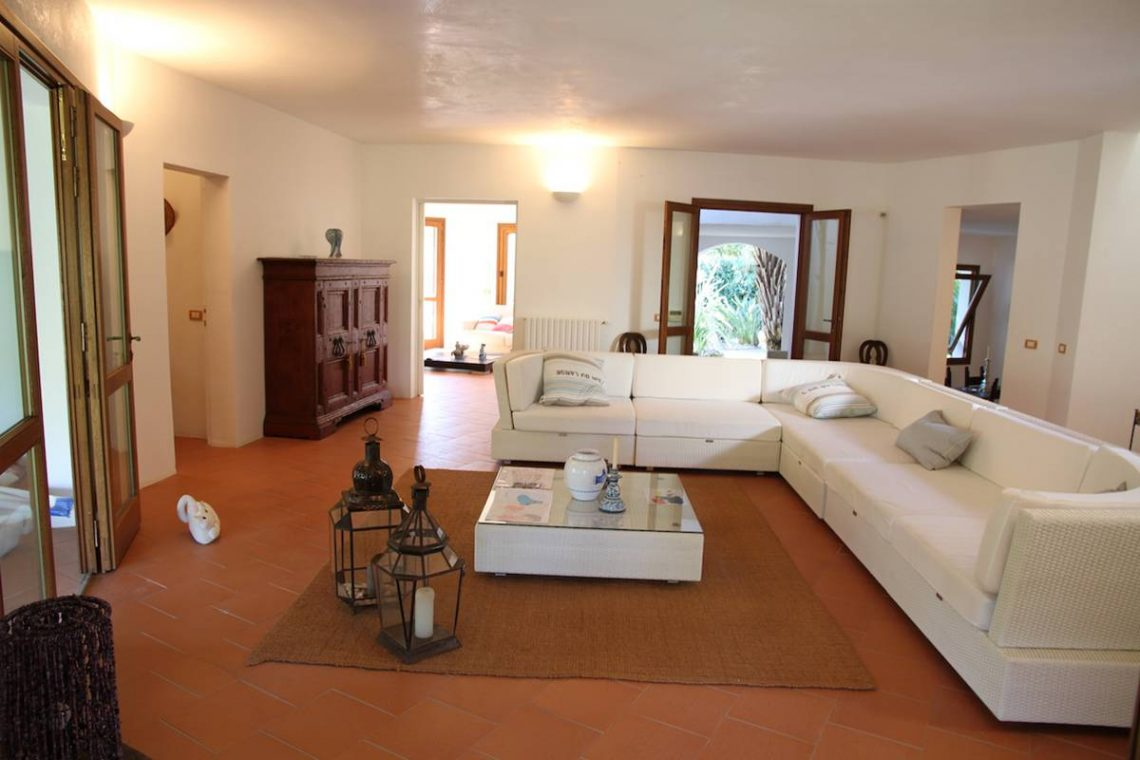 Villa zum Verkauf Roccamare 17