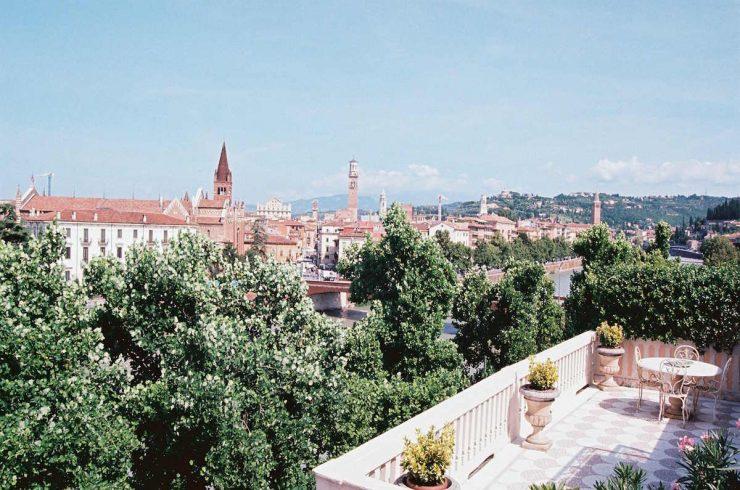 Wohnung zum Verkauf Verona Lungadige neben Piazza Erbe