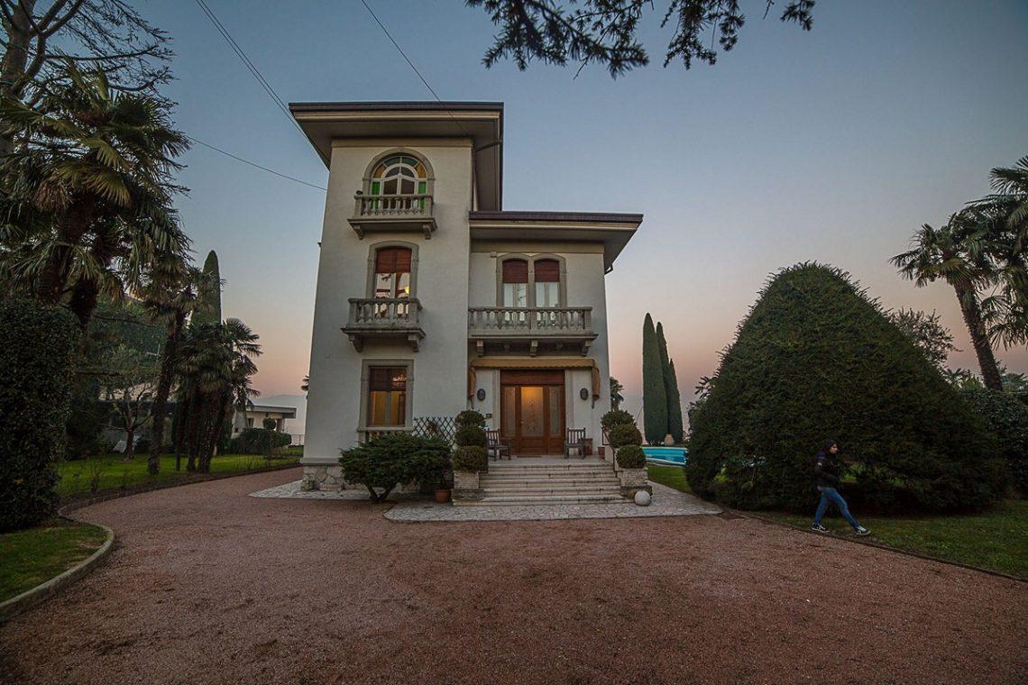 Liberty Villa in Desenzano del Garda 02