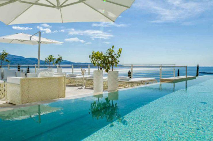 Vertraulich: Villa Gardasee zur Miete in einem 5-Sterne-Luxusresort