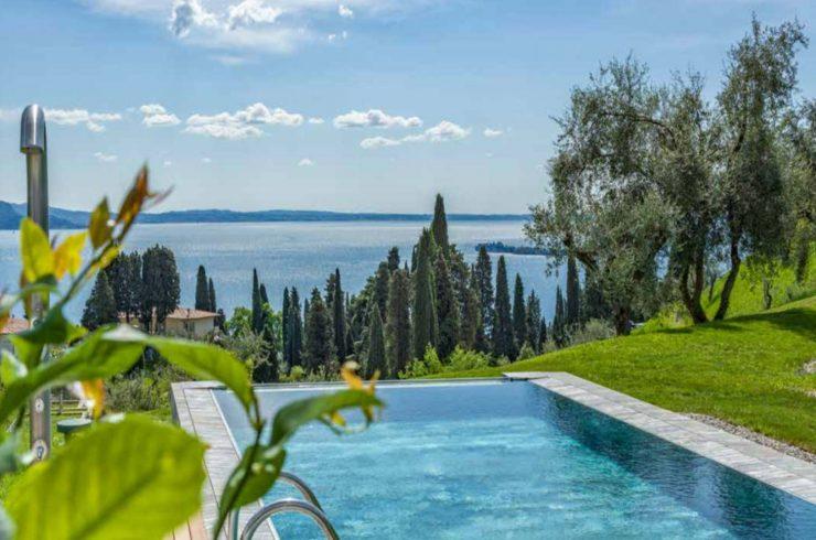 Vertraulich: Villa Gardasee Verkauf in 5-Sterne-Resort