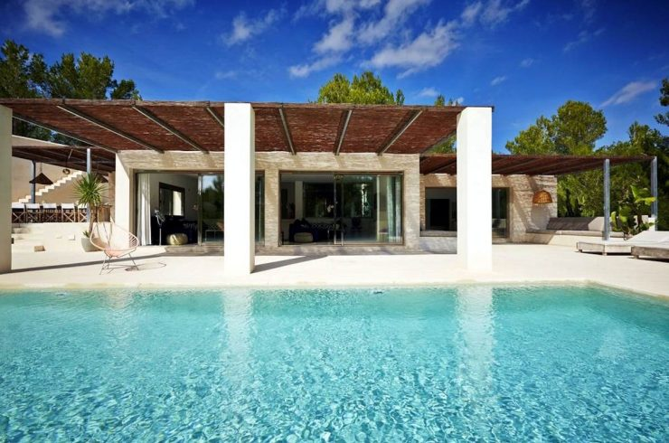 Villa Cala Jondal mit golfplatz mitInfinity Pool