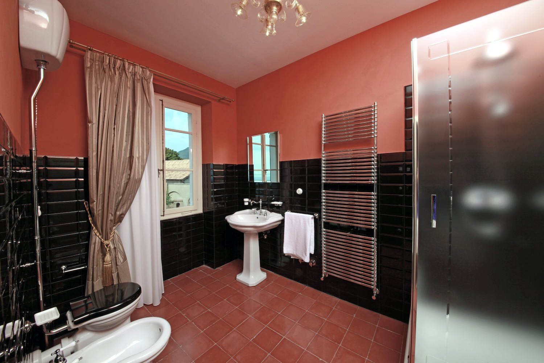 Historische Villa am Gardasee zu vermieten